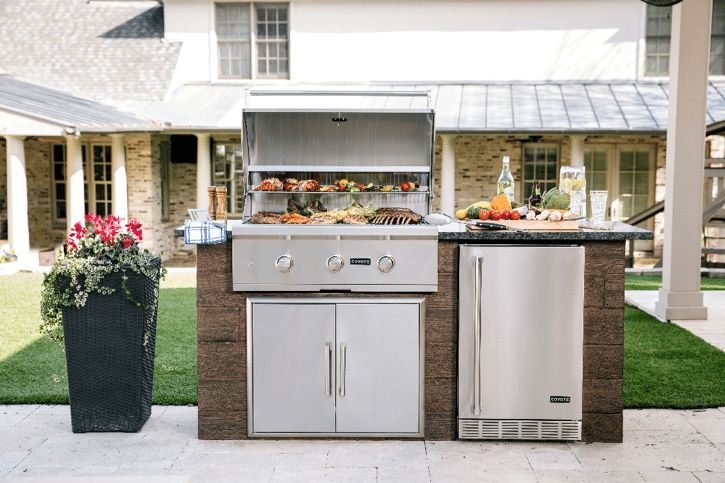 Coyote Outdoor Wins A Business Elite Award For Outdoor Kitchen Design Coyote Outdoor Living
