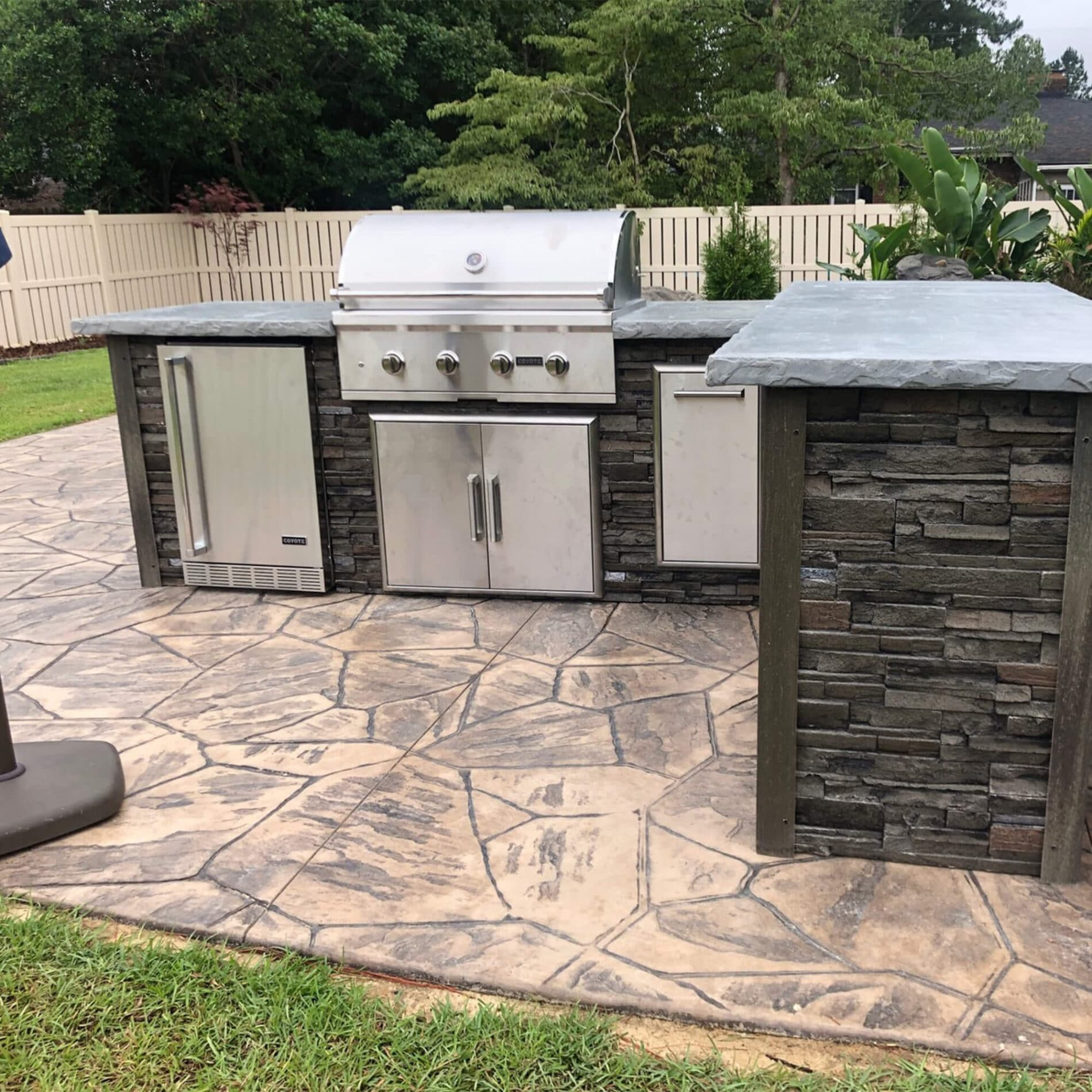 8 Grill Island Stacked Stone Stone Gray Coyote Outdoor Living